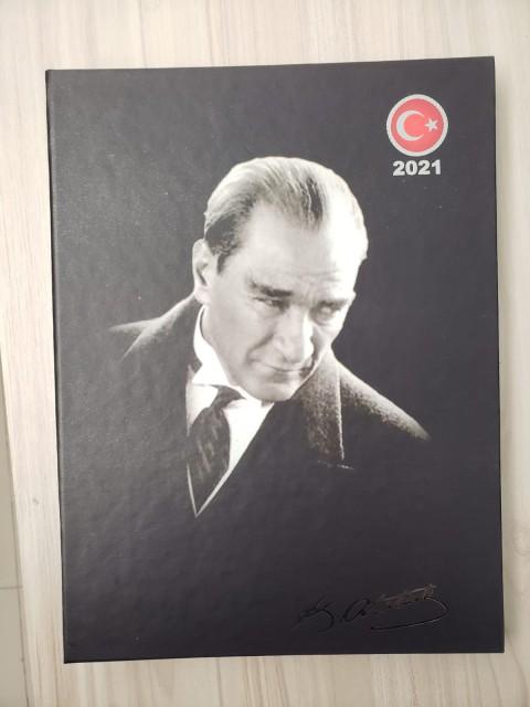Özkan 2021 Gizli Spiralli Atatürk Günlük Ajanda 17x24